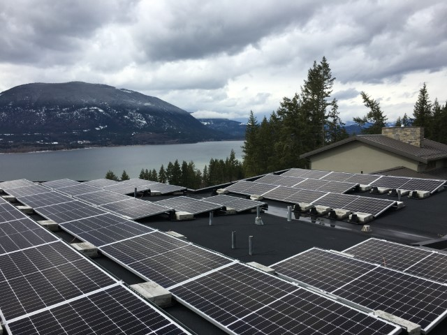 Installation A+Solar Solutions Salmon Arm
