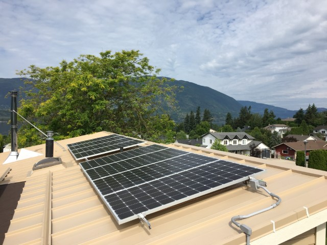 3,280 Wp solar array in Salmon Arm